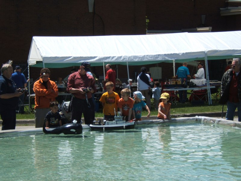 Radio-controlled model boats